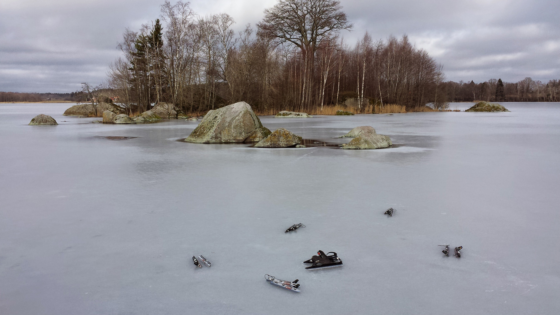 Stilleven met schaatsen - Nimmen